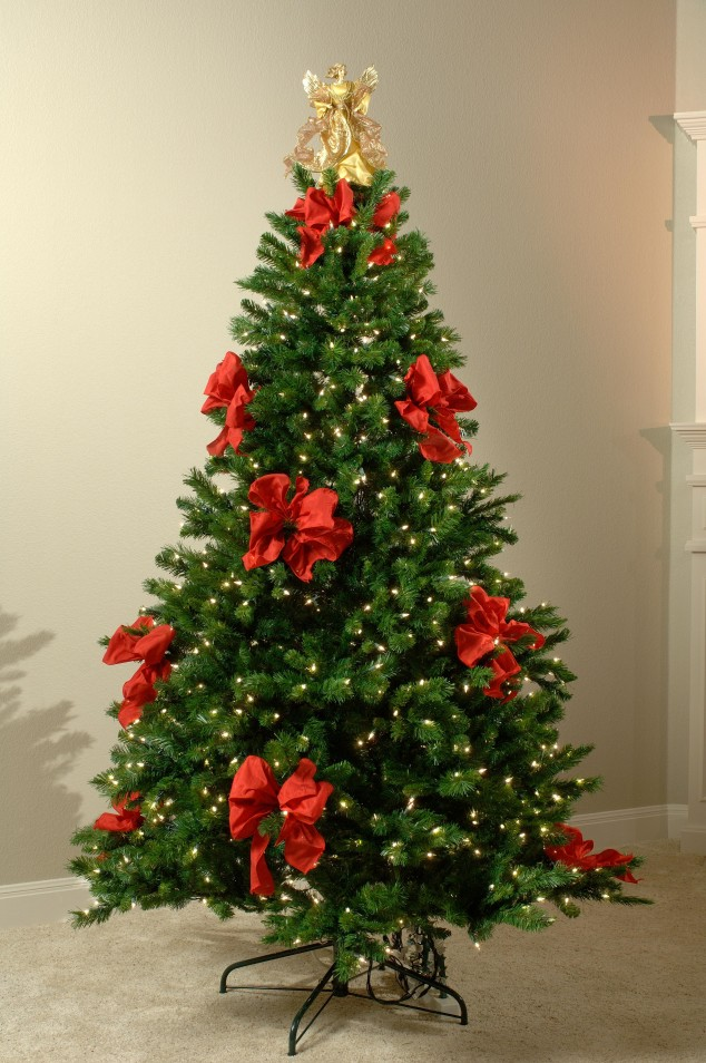 Christmas-tree-decor3-634x954