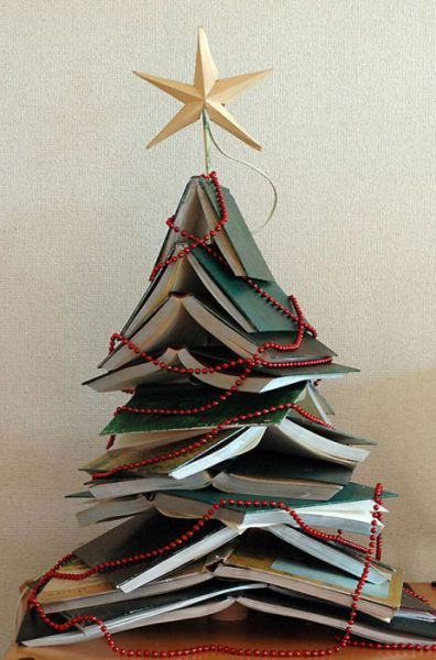 Creative-DIY-Christmas-tree-ideas16