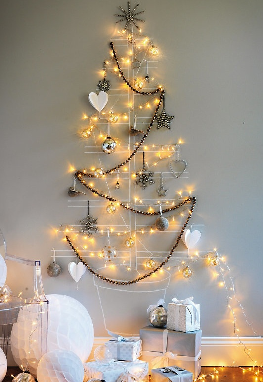 diy-merry-christmas-tree-lights-wall