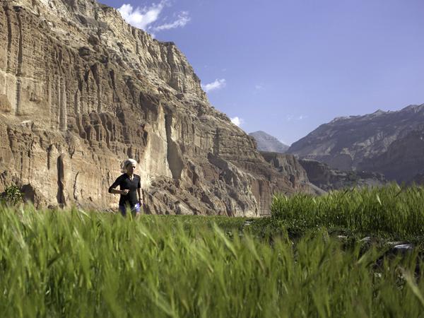 გაირბინეთ მუსტანგის მთების საცალფეხო ბილიკები, ნეპალი