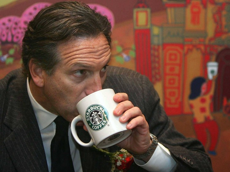Starbucks-Howard-Schultz-grew-up-in-a-housing-complex-for-the-poor-