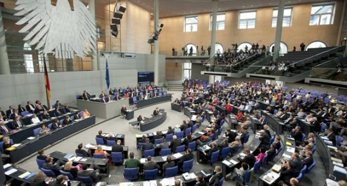 გერმანიის ბუნდესტაგის სასტიპენდიო პროგრამა პოლიტიკით დაინტერესებული ახალგაზრდებისთვის