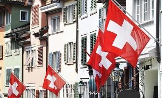 შვეიცარიის ელჩი ახალგაზრდა დიპლომატებს ხვდება