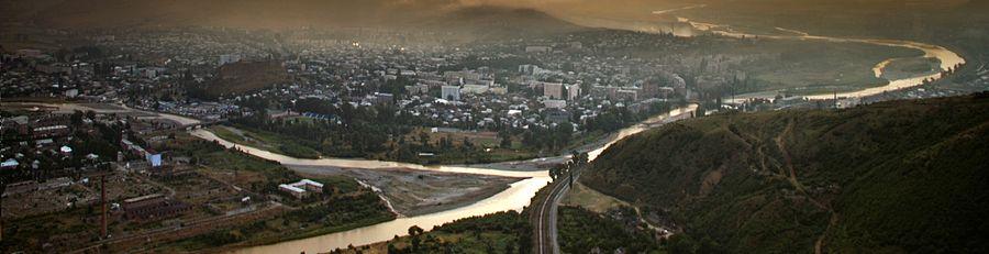 900px-Goris_Panorama