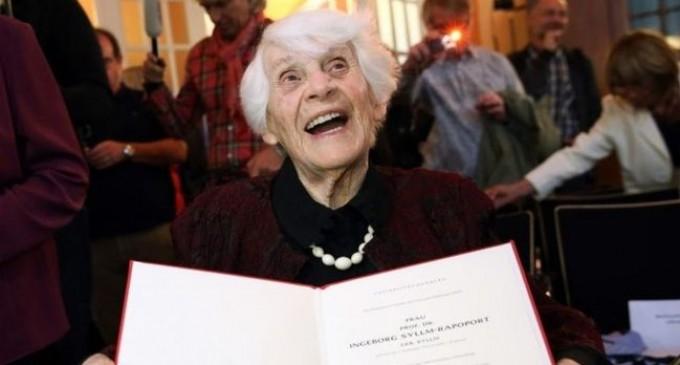 102 წლის გერმანელმა ქალბატონმა დოქტორის ხარისხი დაიცვა