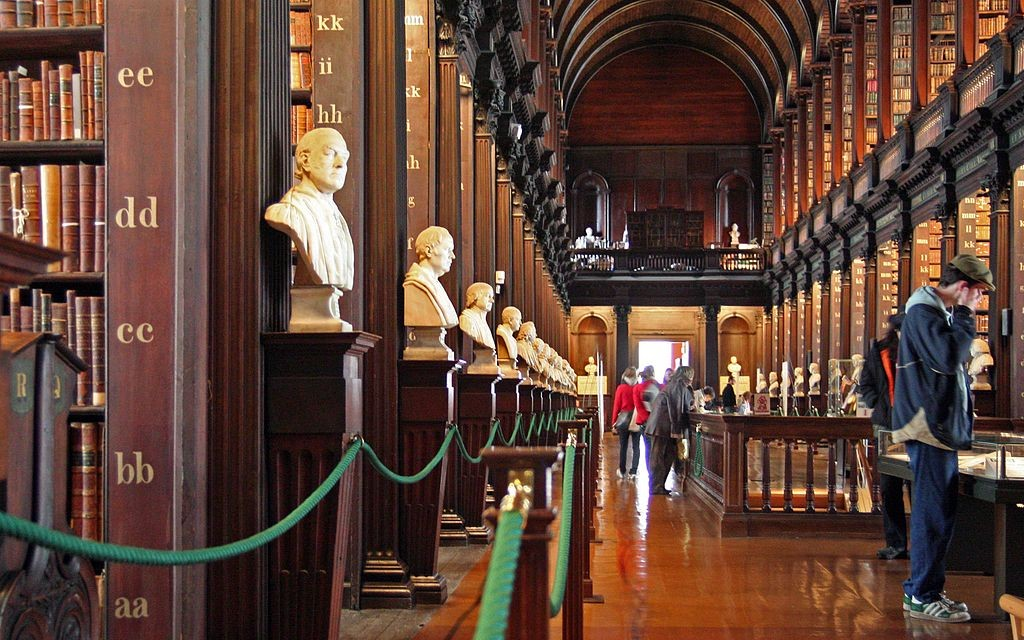 1024px-Trinity_College_Library-long_room