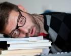 ზეზეულა ძილი სტუდენტებში ➤ გიფი