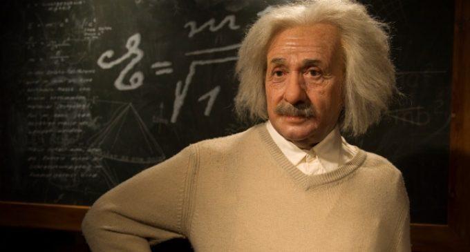 10 ჩვევეა, რომლებმაც აინშტაინი მსოფლიოს გენიოს ადამიანად აქცია