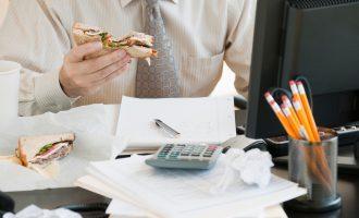 როგორ ვიმუშაოთ დისტანციურად ისე, რომ გამუდმებით ძილსა და ჭამაზე არ ვფიქრობდეთ?